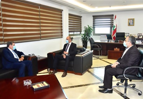 Health Minister receives Regie Director General